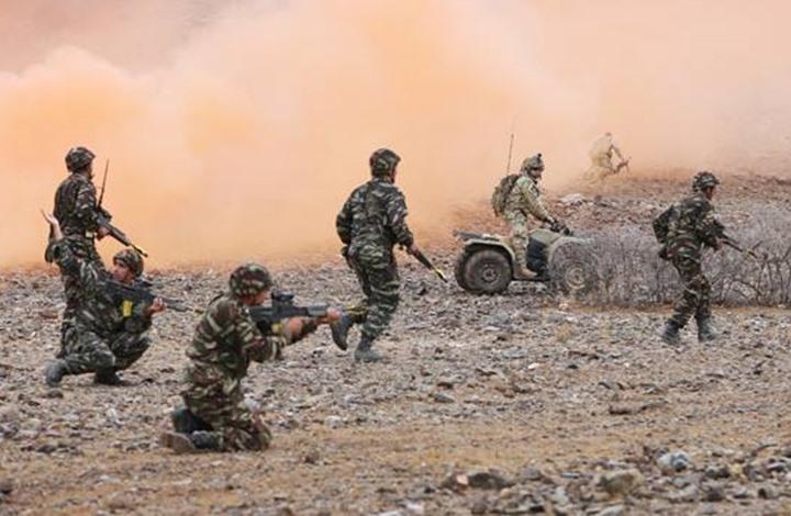 """الجيش المغربي يتحرك لربط """"حزام الأمان"""" بالحدود مع موريتانيا والجزائر"""