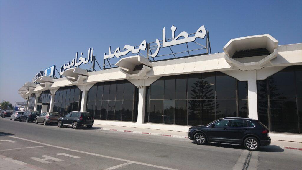 المغرب يقرر تعليق الرحلات الجوية مع الجزائر و مصر